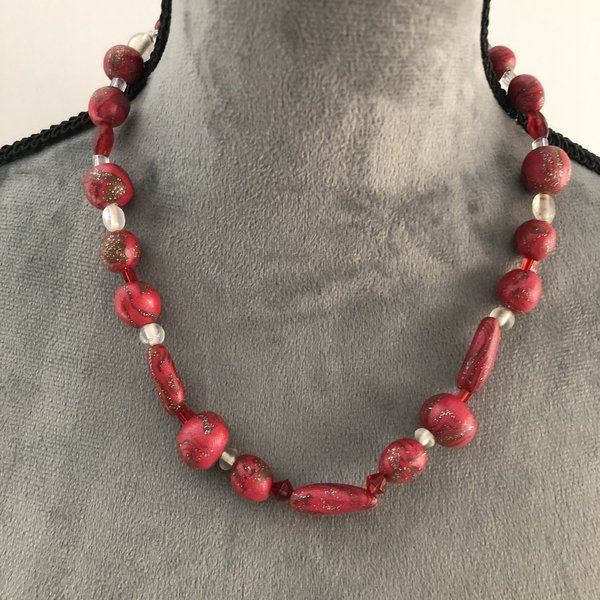 "Kette ""RED PEARLS"" 46 cm Umfang"